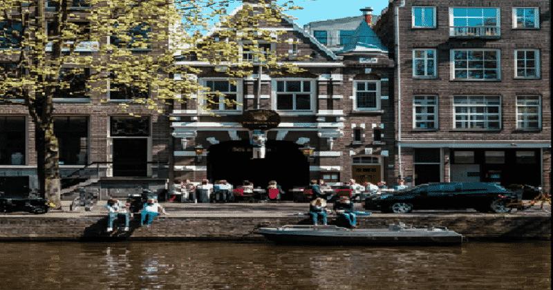 DINING IN AMSTERDAM 4